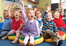 تدريب الاطفال على التأقلم في الحضانة يومياً.jpg